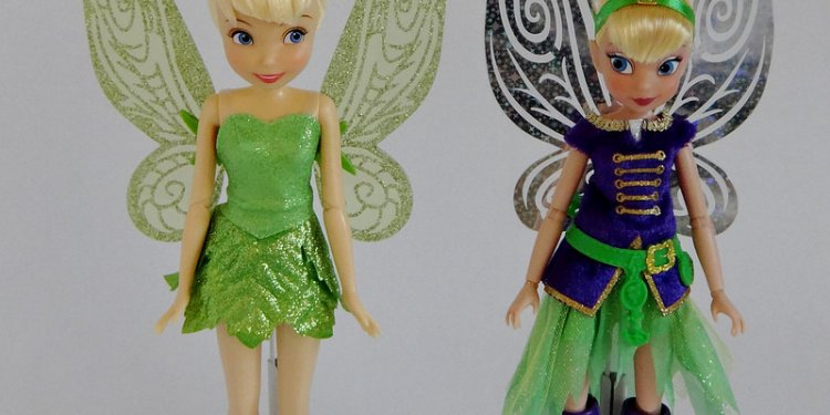2014 Tinker Bell Full Sized Dolls - Disney Store 10 Classic vs Jakks Pacific 9 The Pirate Fairy - Side...