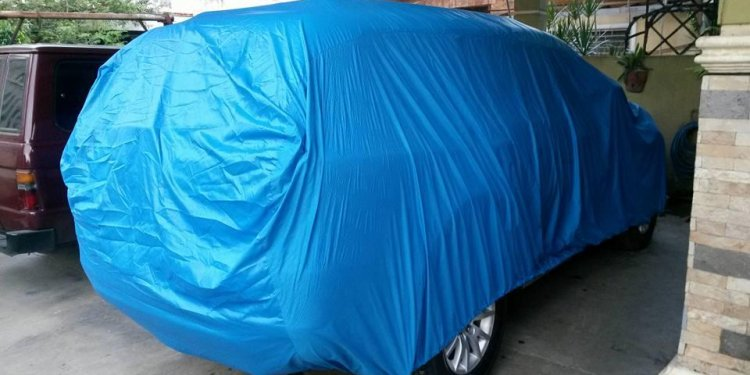 Toyota fortuner car cover