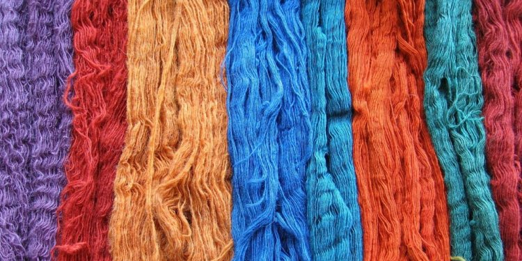 Types of Dye Used in Textile