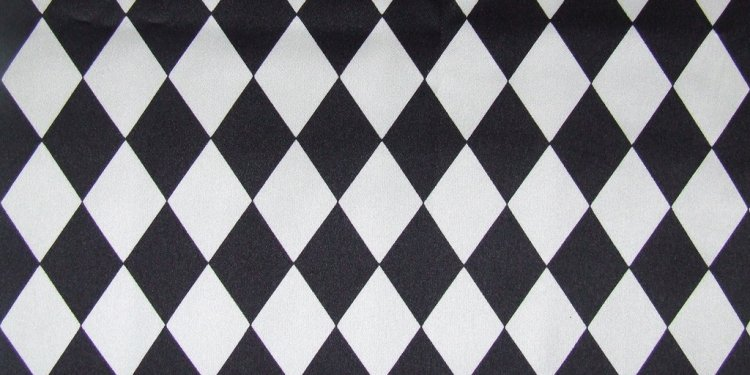 Patterned satin fabric