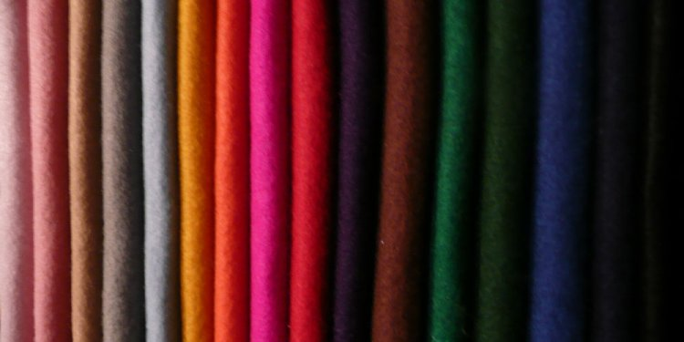 Polyester and elastane fabric